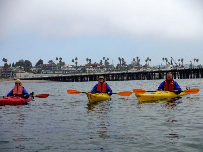 Louer des kayaks à la jetée. Situé à quelques minutes à pied.