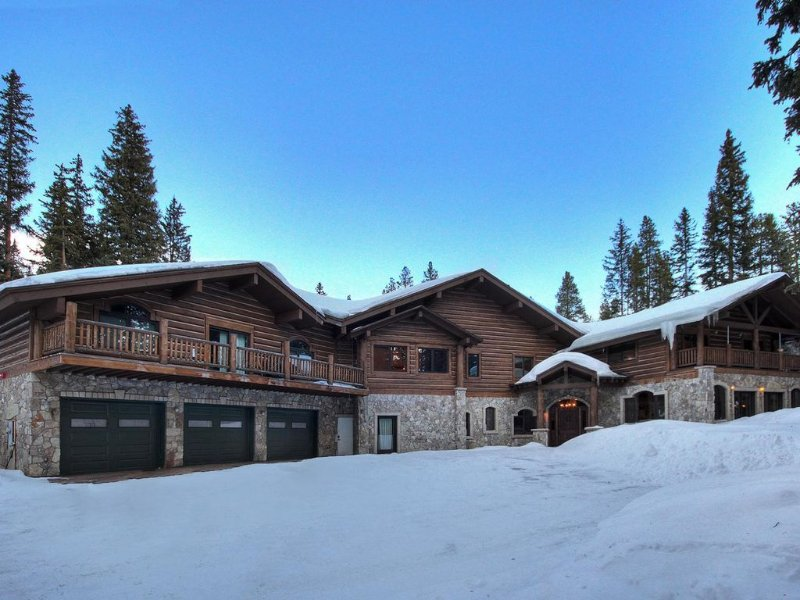 Family Reunions booking fast.   Ski dates almost gone!, holiday rental in Breckenridge