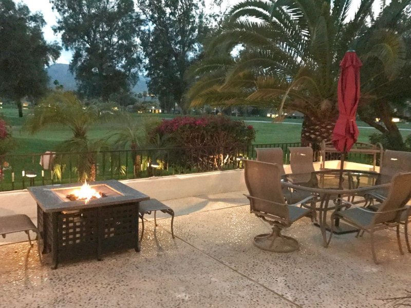 Two Lux King Masters plus 3rd Bdrm. Privacy, Luxury & Views! A Greenday Property, holiday rental in Rancho Mirage