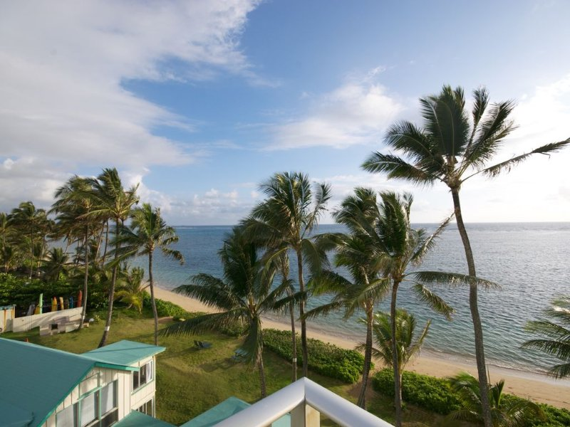 Beachfront Corner Unit With Panoramic Views!, vacation rental in Hauula