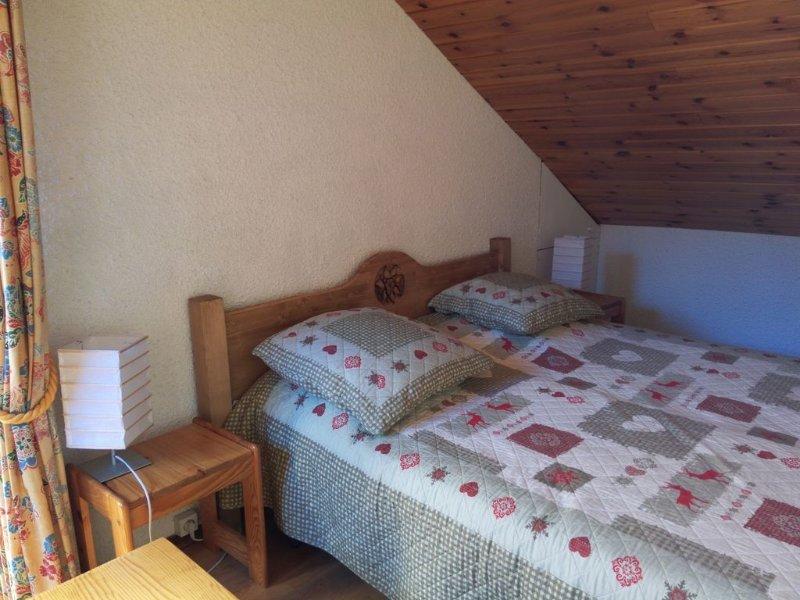 Joli duplex 6 pers, centre village, balcon sud vue montagne, proche des pistes, location de vacances à Le Monetier-les-Bains