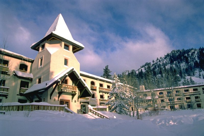 Squaw Valley, Walk or Shuttle to Lifts & Village, Great Amenities, holiday rental in Squaw Valley
