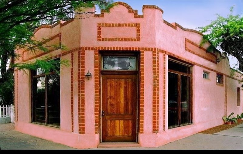 Stylish Spacious Converted Bakery★Best Downtown Location★ Walk to Everything, alquiler de vacaciones en Tucson