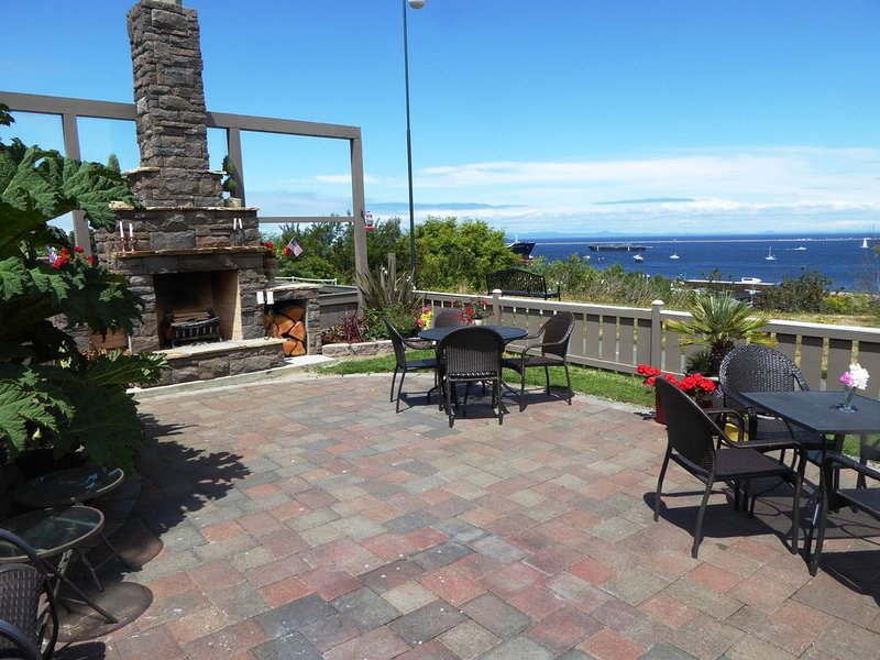 Chez ZigZag: The Feeling of Luxurious  Peace and Contentment just for you!, alquiler de vacaciones en Port Angeles