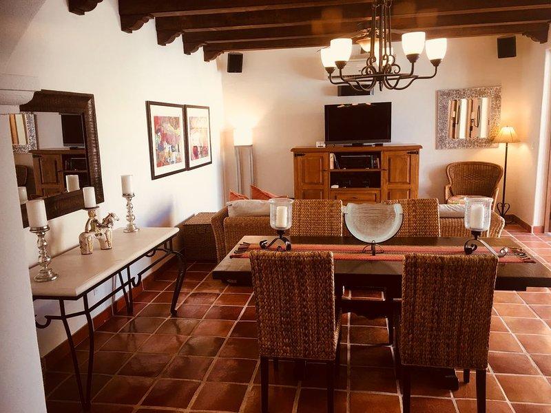Beautiful Loreto Bay Home, vacation rental in Loreto
