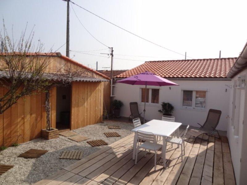 Maison de pêcheur, 5 couchages, pour un séjour convivial à La Rochelle, aluguéis de temporada em Aytre
