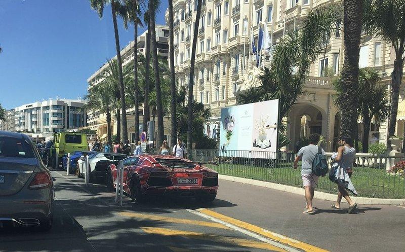 Quartier Croisette 2 pieces à 50m du carlton, parfait pour congrès et vacances, holiday rental in Cannes