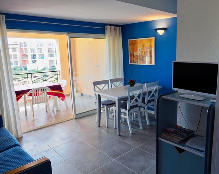 Appartement à 50 m de la plage., vacation rental in Cogolin
