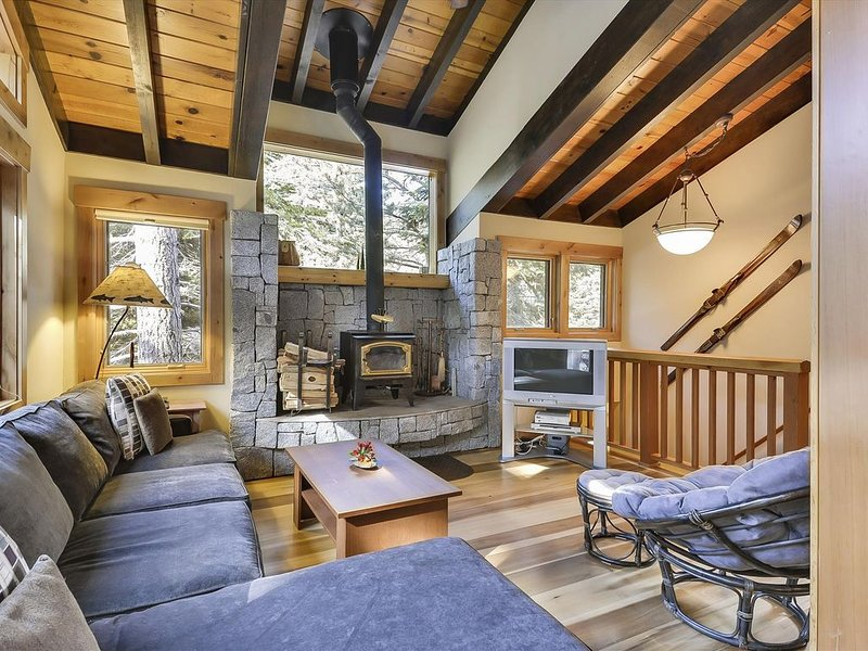 Alpine Meadows Chalet, The Andrews Home, alquiler de vacaciones en Olympic Valley