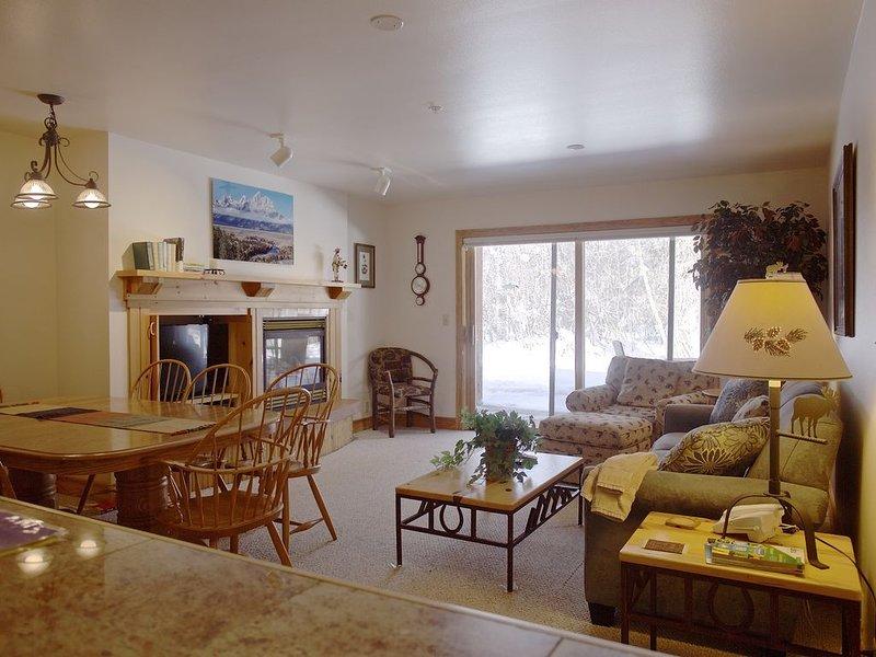 Teton Creek Resort 312 - Your Mountain Home Away From Home- 3 Bedroom Condo, alquiler vacacional en Alta