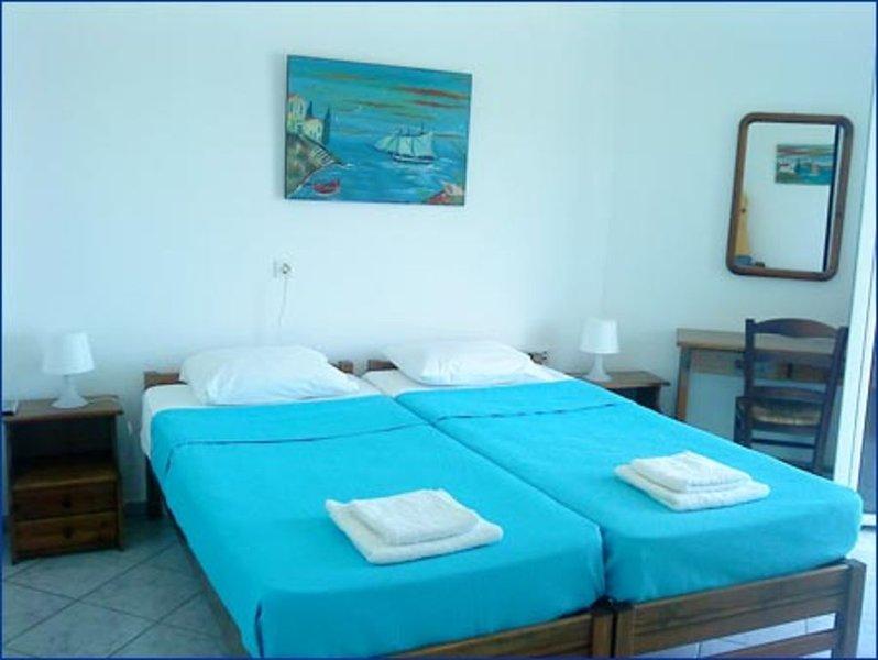 Haris Apartment - Armenistis, Ikaria Island, holiday rental in Evdilos