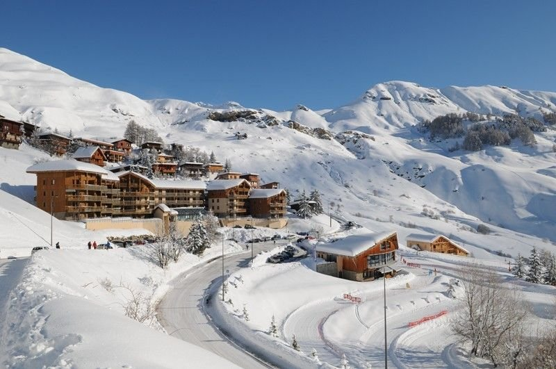 Two rooms resort center and the slopes, location de vacances à Orcières