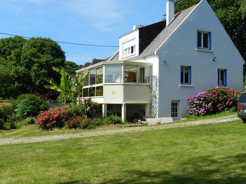 Maison spacieuse pleine vue mer avec un grand jardin, alquiler vacacional en Plouzane
