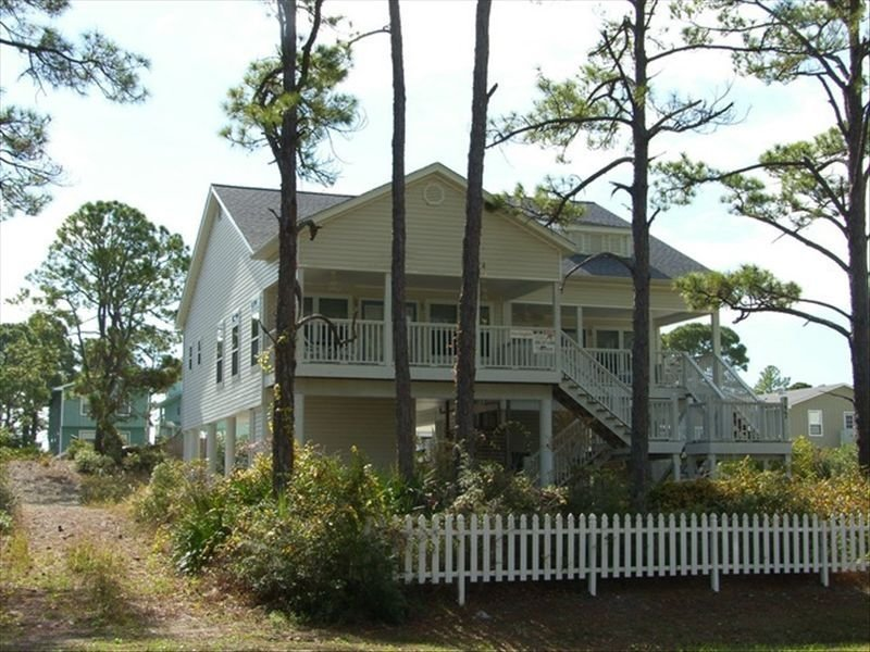 Gulf & Bay View! Master King/Queen/Loft/Balcony Porch/New Boardwalk! Fall Rates!, holiday rental in Port Saint Joe