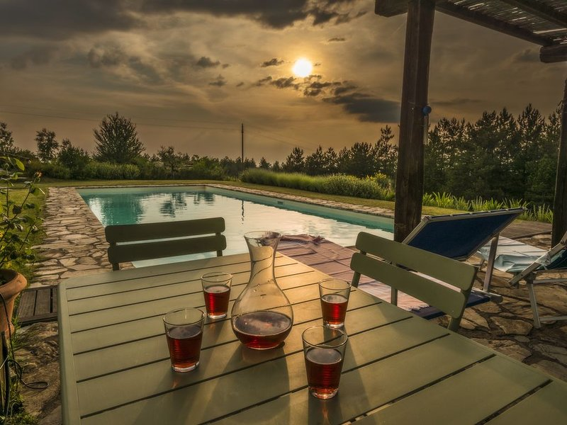 Single-level Villa, panoramic position, 6x16m private Pool, Whirlpool and Spa, holiday rental in Isole