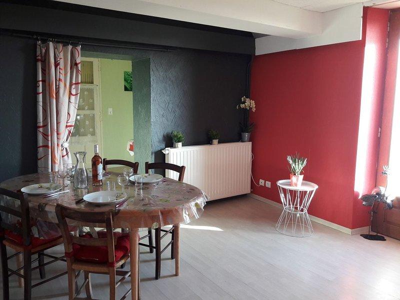 Gîte 4 pers - accès handicapé, holiday rental in Rullac-Saint-Cirq