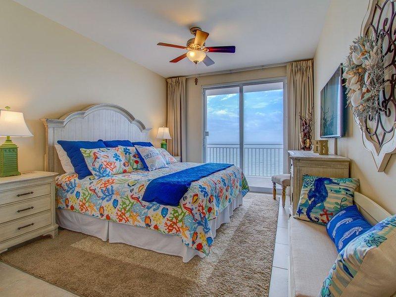 Dormitorio principal - Vistas frontales del golfo desde el dormitorio principal.