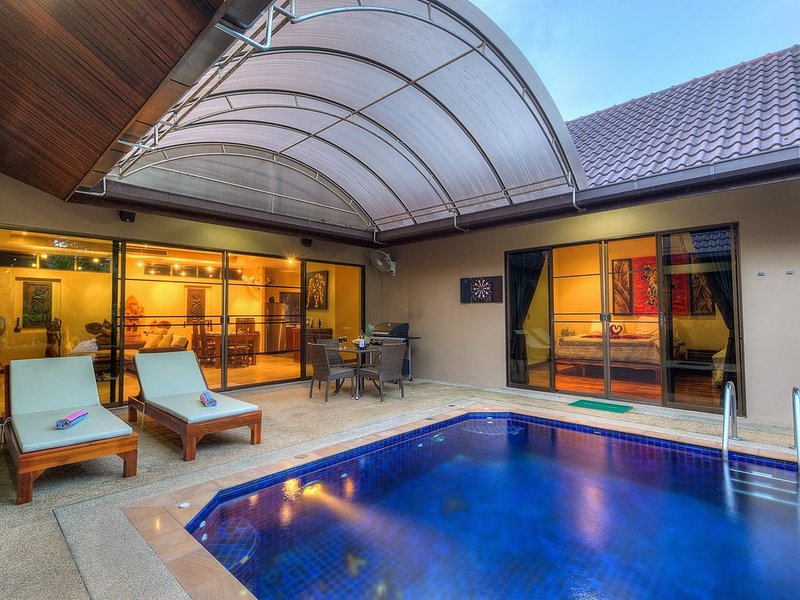 Private Pool Villa in Rawai Beach, Thailand, vacation rental in Karon