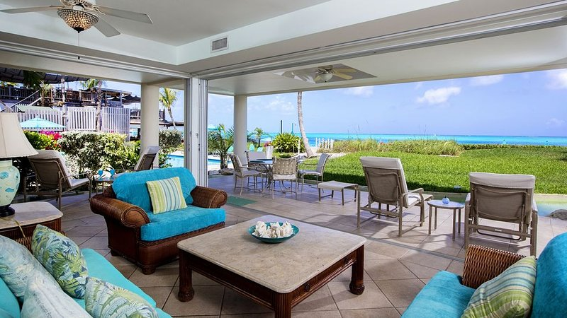 DIRECTLY ON GRACE BAY BEACH/OCEAN Front  - Ground Floor - Worlds #1 Best Beach, holiday rental in Providenciales