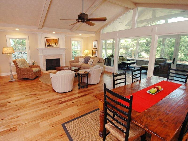 Close to Beach, Open Floor Plan, holiday rental in Saint Simons Island