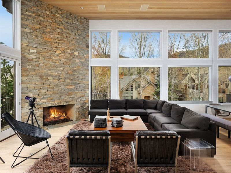 Lovely 4 Bedroom East Core Contemporary, vacation rental in Aspen