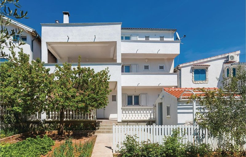 4 bedroom accommodation in Vodice, holiday rental in Vodice