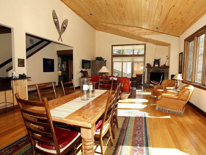 In-Town Luxury and Great Location, holiday rental in Ouray