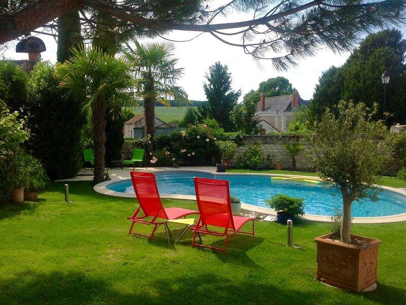 GITE 4  **** PISCINE CHAUFFEE et SPA, location de vacances à Indre-et-Loire