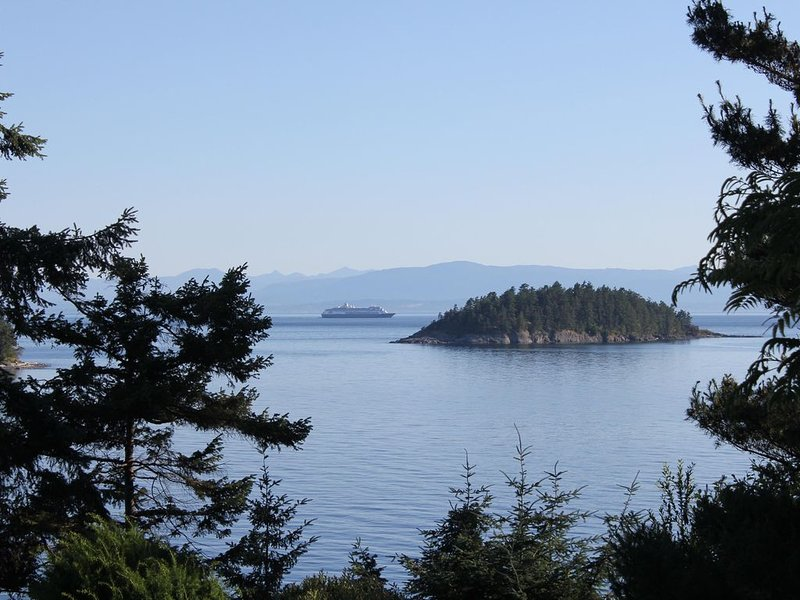Your Peaceful Retreat On The Ocean., aluguéis de temporada em Sechelt
