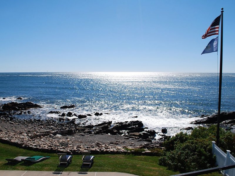 Oceanfront Estate with Heated Pool, Tennis and Private Beach, vacation rental in Kennebunkport