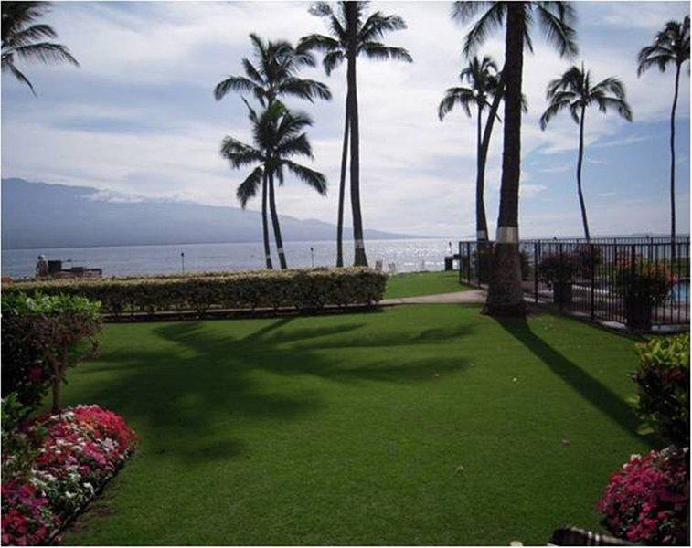 Ma'alaea Kai Unit 110 - Oceanfront & Mountainview Paradise, Ferienwohnung in Wailuku