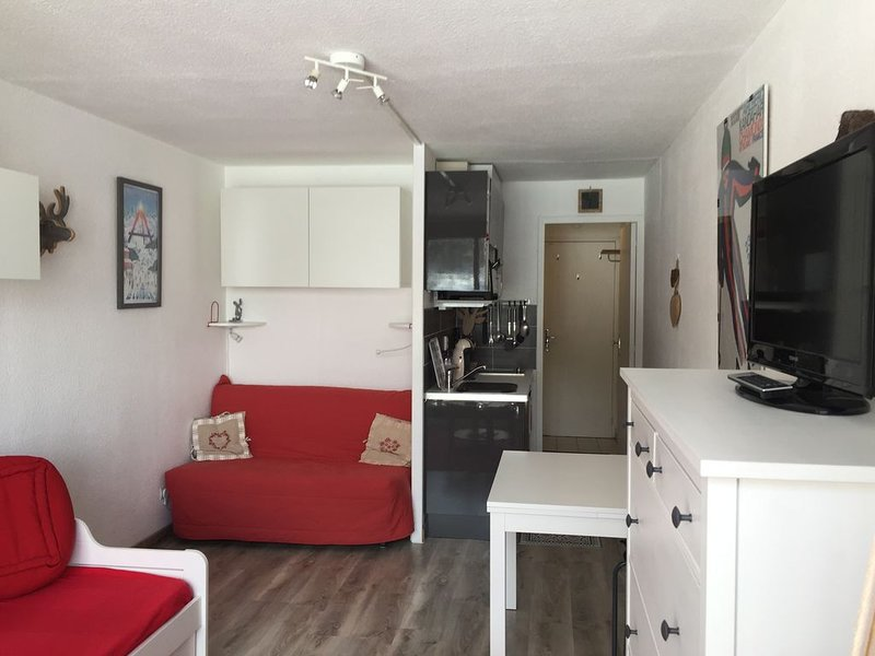 Overzicht Sofa Studio eethoek en een kitchenette