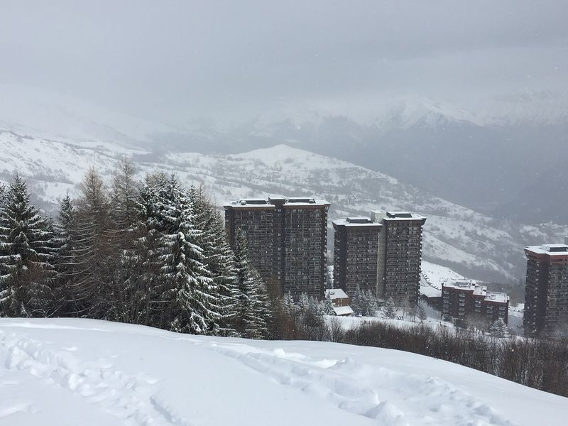 Le Corbier in de sneeuw ❄️ de residentie Track View