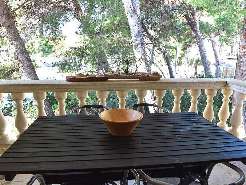 Gemütliche Ferienwohnung Levante in Cala Ratjada auf Mallorca, mit Gem. Pool für, location de vacances à Cala Ratjada