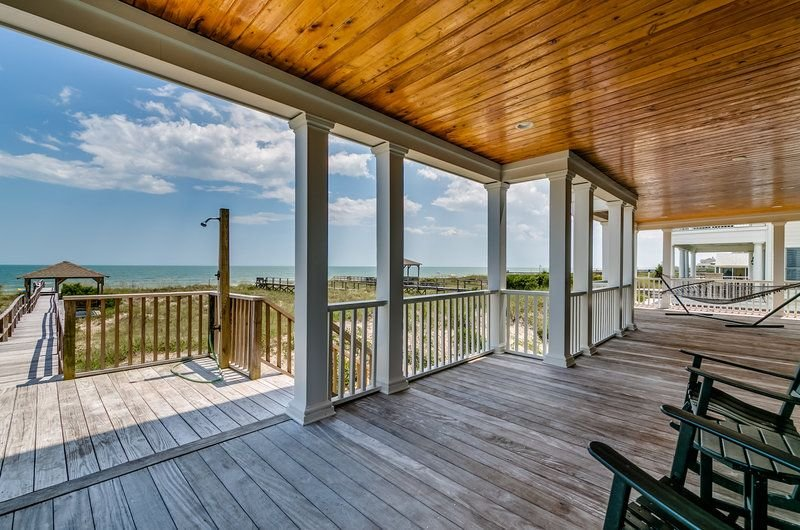 Spectacular Oceanfront home located on North Litchfield's Peaceful and Pristine, holiday rental in Litchfield Beach