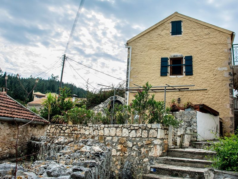 Nostos Residence -  apartment Terra ., holiday rental in Katsarata