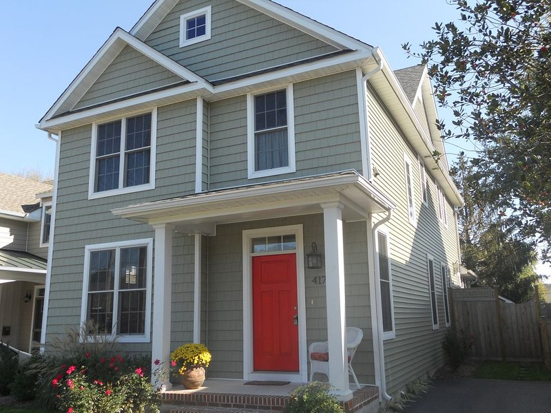 Relaxing Beach Retreat in Historic Lewes!  Walk to Shops & Dining!, vacation rental in Lewes