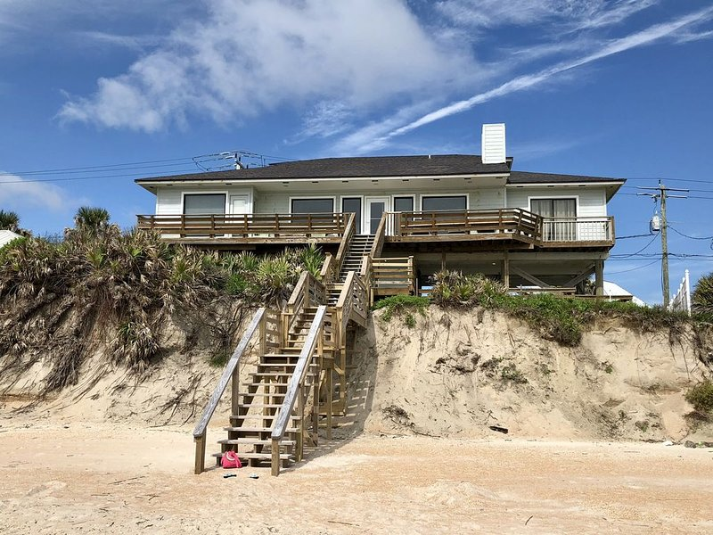 Oceanfront House- 4BR/3BA with Stunning Views of the Ocean!, holiday rental in Villano Beach