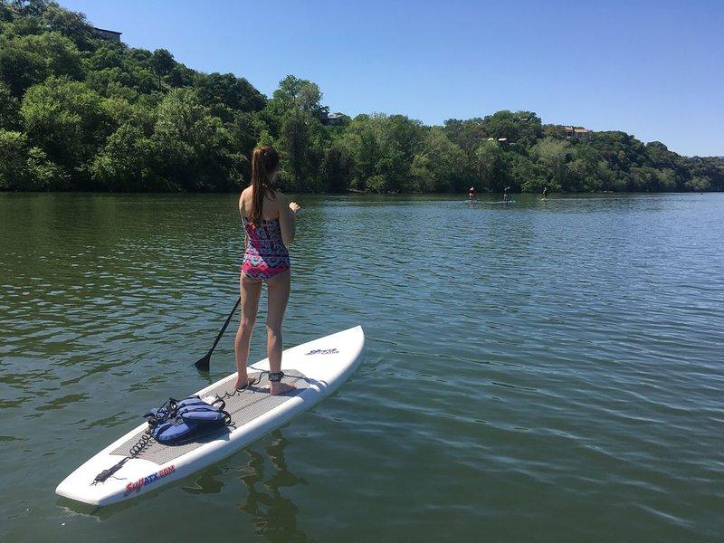 Marche pour le lac Lady Bird à paddleboard, canoë, ou en kayak. Les locations sont faciles.
