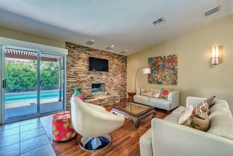 Claddagh House - 3 Bedroom Home, holiday rental in Cathedral City