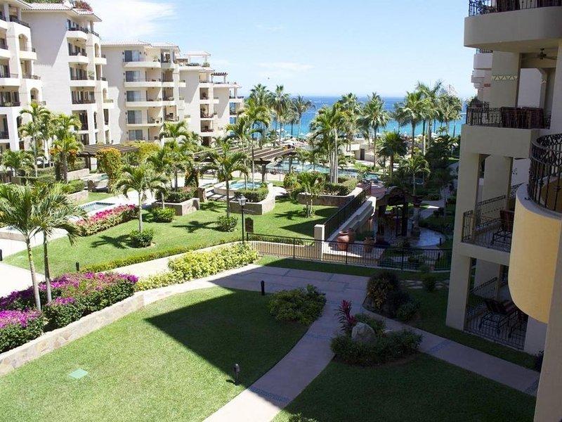 Spectacular Family Style Villa on Medano Beach, holiday rental in Cabo San Lucas