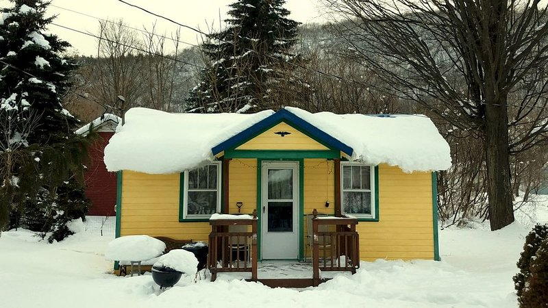 Bungalow in the snow :)