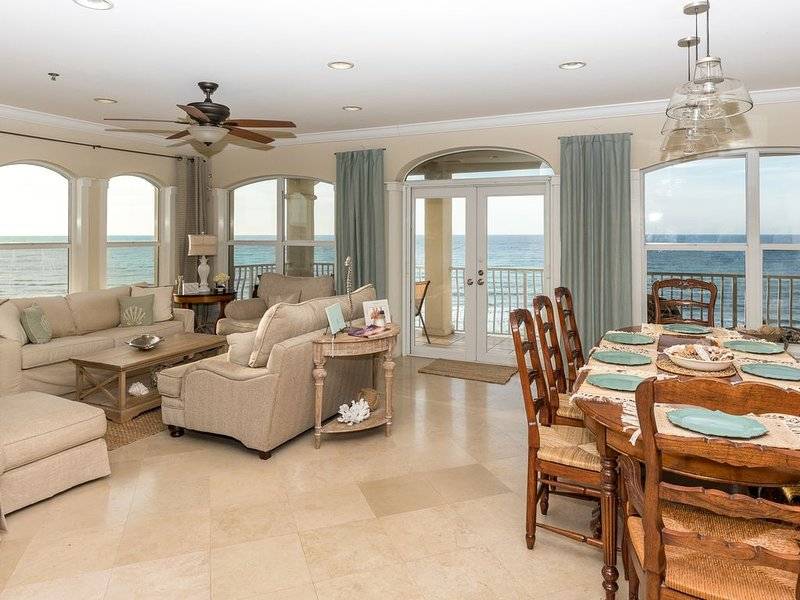 Gorgeous Views:  Oceanfront Condo In Seacrest Beach (between Alys And Rosemary), vacation rental in Seacrest Beach