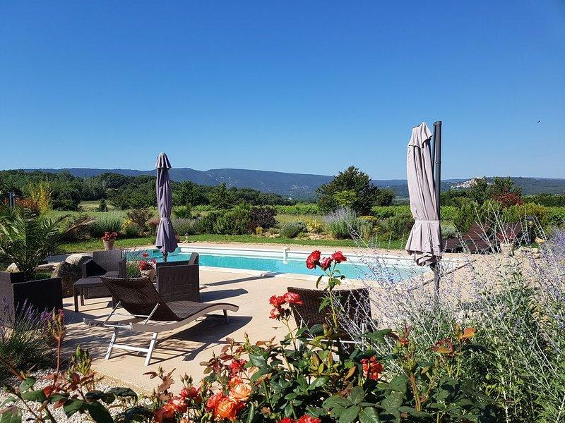 Mas au cœur du Luberon sur la commune de Bonnieux, holiday rental in Bonnieux en Provence