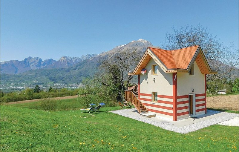 1 bedroom accommodation in Belluno BL, holiday rental in Limana