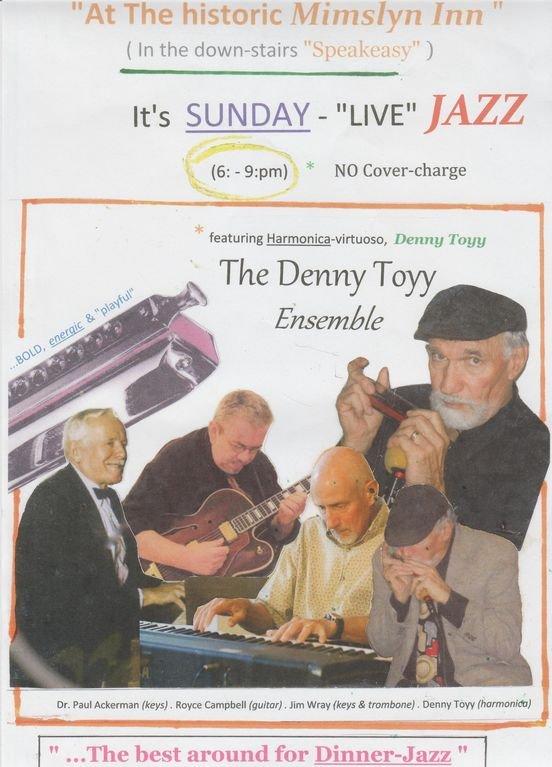 """Gästerna njuter av ((Nathan) """"Denny Toyy"""" JAZZ Ensemble på söndagskvällar / Luray."""