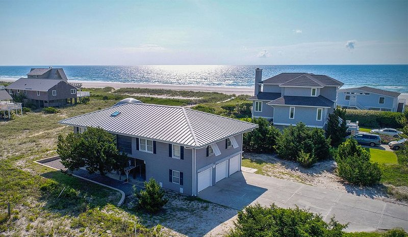 You may overlook the ocean at Ocean Perch, but don't overlook the decor!, vacation rental in Wrightsville Beach