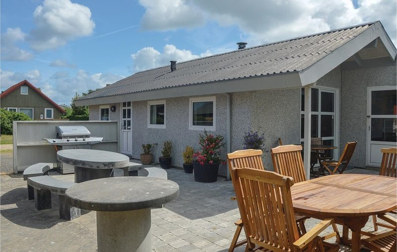 2 bedroom accommodation in Hemmet, location de vacances à Skodbjerge