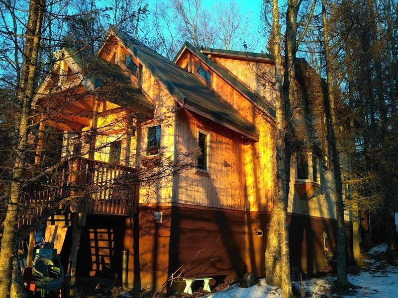 Homer Hideaway: A Family Retreat, location de vacances à Fritz Creek