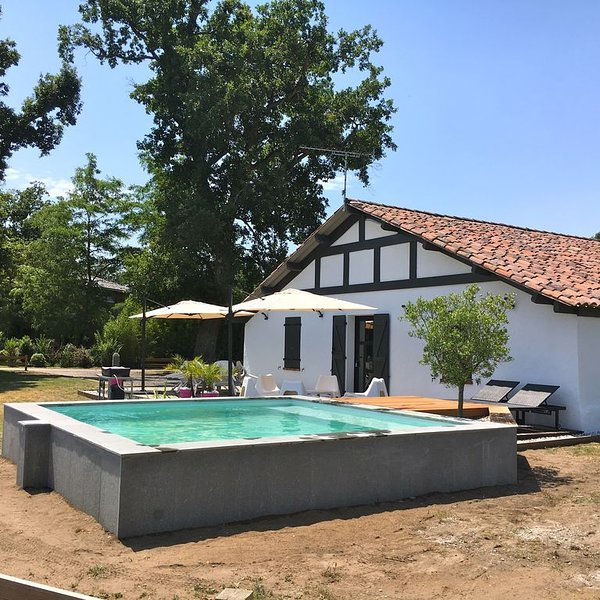Soustons, beautiful renovated barn quietly near beaches and lakes, holiday rental in Saint-Geours-de-Maremne